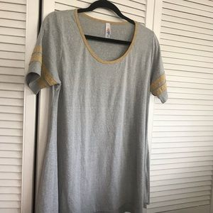 LuLaRoe Perfect T/3 FOR $20! WOW!